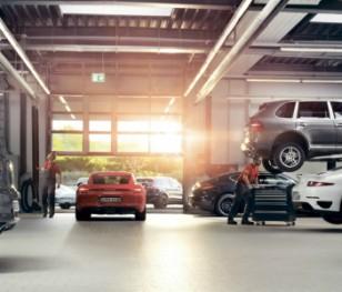 Автопромисловий гігант відновлює виробництво в Польщі