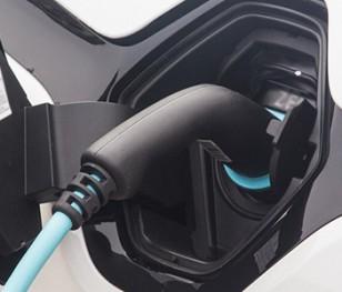 У 2023 році в Польщі почнеться серійне виробництво електромобілів