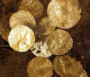 Нова археологічна знахідка: в Ізраїлі виявили тисячолітні золоті монети