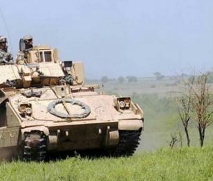 Польща підписала контракти на постачання військової техніки