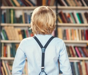 У Польщі триває щорічний конкурс «1000 причин, щоби читати». Головний приз – вантажівки книжок для шкільних бібліотек
