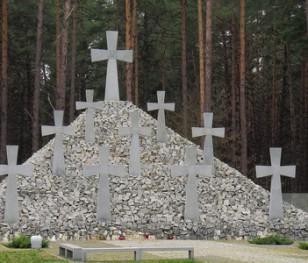 Польський президент вшанував жертв Катинського злочину на кладовищі в Биківні