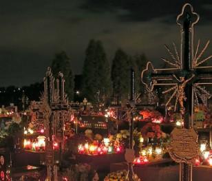 31 жовтня – 2 листопада кладовища в Польщі будуть зачинені