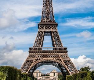 Франція продовжує локдаун ще на 15 днів