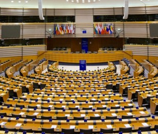 Європейський парламент прийняв резолюцію з приводу абортів у Польщі