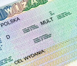 Із 1 грудня білоруси з гуманітарними візами можуть офіційно працевлаштовуватися в Польщі