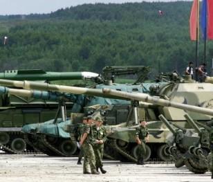 Росія продовжує озброювати Калінінградську область
