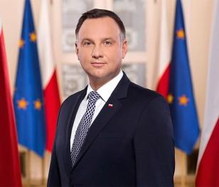 Президент Польщі вшанував померлих працівників служби охорони здоров'я
