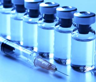 Sondaż: Czy szczepionka przeciw COVID powinna być w Polsce obowiązkowa?