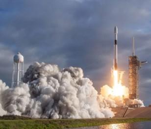 SpaceX Ілона Маска доставить на орбіту польські супутники