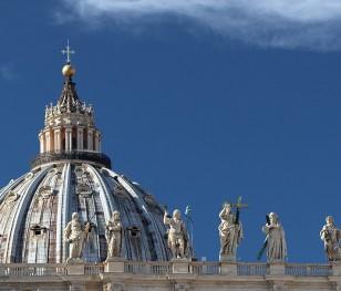 У Ватикані розчали вакцинацію бездомних