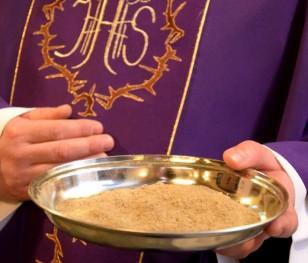 Сьогодні християни західного обряду відзначають Попільну середу