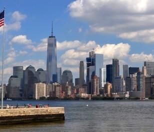 Нью-Йорк скасував карантин для іноземців без симптомів COVID-19