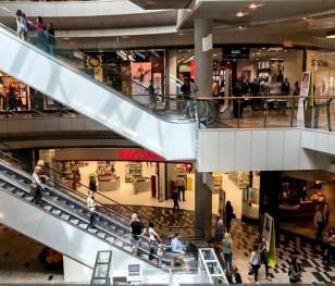 Торгові центри в Польщі підраховують збитки