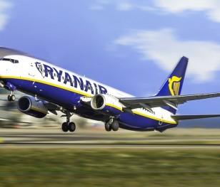 Куди влітку з Польщі полетить Ryanair?