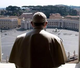 «Ангел Господній» у Ватикані – знову без участі вірян