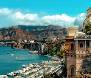 Te włoskie wyspy mają uratować turystykę