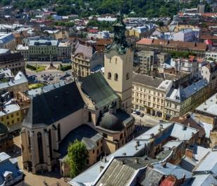 У Львові вшанували жертв Cмоленської катастрофи та Катинського злочину