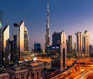 Dubaj z taksówkami bez kierowcy