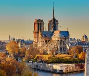 Президент Франції оголосив дату відкриття після пожежі собору Паризької Богоматері