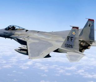 Льотчики F-15 і F-16 зі США тренуватимуться з польськими пілотами