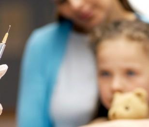 Дитяча вакцина проти COVID-19 може з'явитися в червні