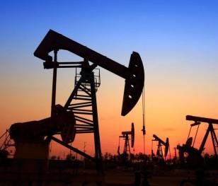 Na rynkach ropy ceny WTI i Brent dalej rosną