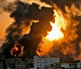 Izraelskie naloty w Strefie Gazy. Co najmniej 40 zabitych Palestyńczyków