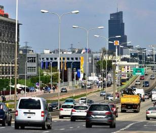 Мешканці Варшави хочуть вужчих доріг