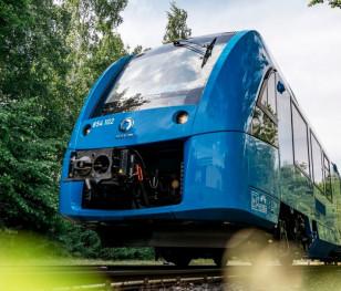 До Польщі прибув перший у світі водневий поїзд