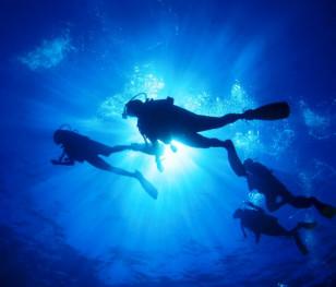 Відкрився найглибший у світі басейн для дайвінгу