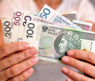 У Польщі зріс розмір середньої заробітної плати