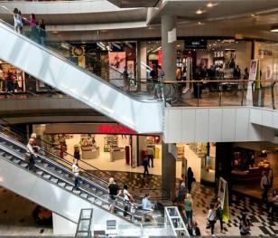 Зростає кількість відвідувачів польських торгових центрів