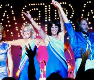 ABBA повертається! Після 40 років Агнета, Б'єрн, Бенні та Анні-Фрід знову разом
