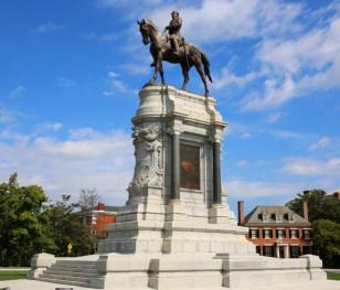 В американському Річмонді демонтували пам'ятник генералу Роберту Лі