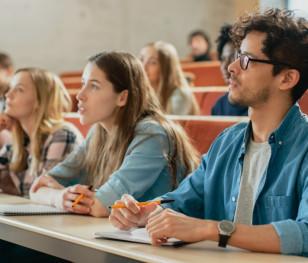 Українці та білоруси обирають польські університети