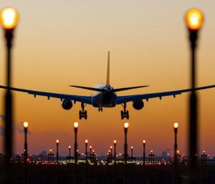 Польські авіаперевезення все ще відстають від рівня 2019 року