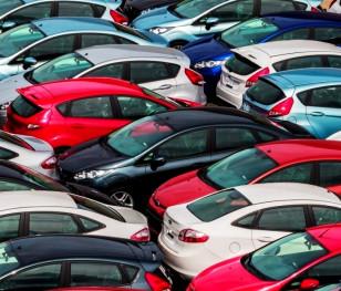 У Польщі зменшилася кількість нових автомобілів