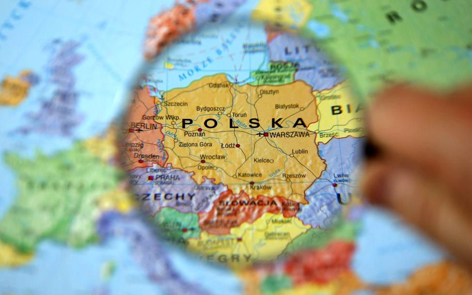Liczba Polaków zmniejszyła się w 2021 roku o 200 tysięcy