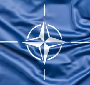 Росія призупинила роботу свого представництва при НАТО